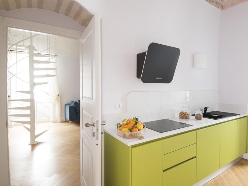 Cristalda cucina - camera excutive- Dimora Cumma Marì - bed e breakfast a Vieste sul Gargano