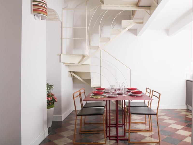 Mustazzuoli tavola imbandita - camera suite - Dimora Cummà Marì - bed e breakfast a Vieste sul Gargano